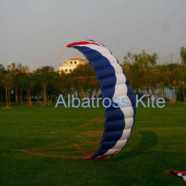 ALBATROSS--3.0M2 Professional power/traction kites /good lift for Free Shipping(China (Mainland))