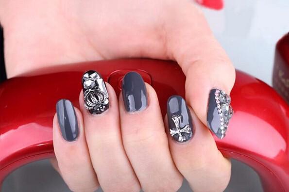 Лед гель на ногтях