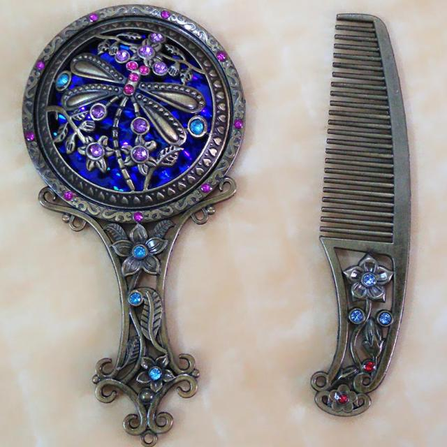Cutout handle mirror comb vintage mirror comb mirror set portable makeup mirror gift most exquisite gift, convenient to carry(China (Mainland))