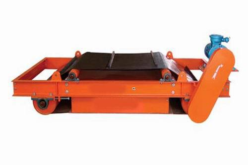 Series RCYD-6 Self cleaning permanent magnetic separator for conveyor belt (600mm belt width)(China (Mainland))
