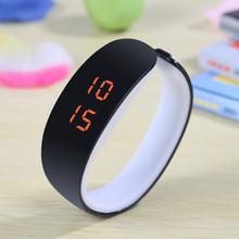 2015 из светодиодов конфеты цвет силикона женщины часы сенсорный экран цифровые часы браслет я свободного покроя силиконовые наручные часы подарок