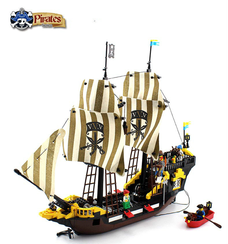 590Pcs Enlighten Pirate Series Toys Pirate Ship Weapons  Assembling Building Block Set Minifigures Compatible With Lego