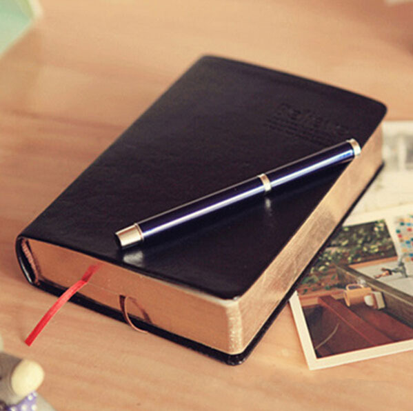 Vintage Thick Paper Notebook Notepad Leather Bible Diary Book Zakka Journals Agenda Planner School Office Stationery Supplies(China (Mainland))