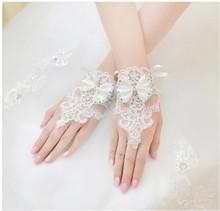 Neue Ankunft Weiß Und Elfenbein Bogen Spitze Hochzeit Zubehör Appliques Kristall One Size Fingerlose Hochzeit Handschuhe Brauthandschuhe(China (Mainland))