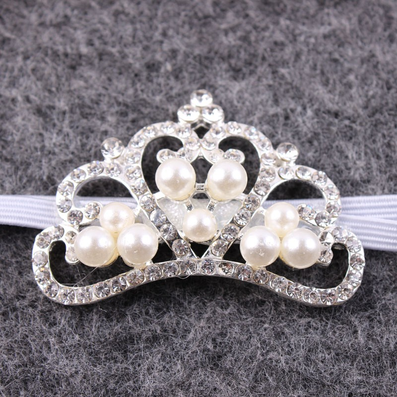 Baby-Boy-or-Girl-White-Feathered-Angel-Wings-Pearl-and-Rhinestone-Headband-Crown-Perfect-Newborn-or (2)