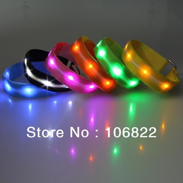 pet supplies LED Flash Armband NEW Safety Wrist Ankle Flexible Visible Reflective Beltstrap(China (Mainland))