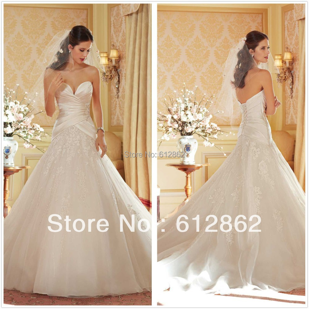 Strapless plunging sweetheart neckline a line satin bodice for Strapless wedding dresses with long trains