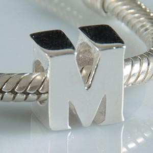 Charm 2015 european style 925 sterling silver charms letter M fits pandora original bead bracelet pendant diy making jewelry(China (Mainland))