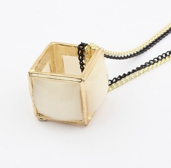 2014 New Fashion Colorful Magic Cube Collars Max chunky necklace  Women  Wholesale SPX2003