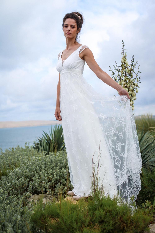 2016 new designer long cap sleeves lace empire maternity bohemian beach wedding dresses backless informal boho