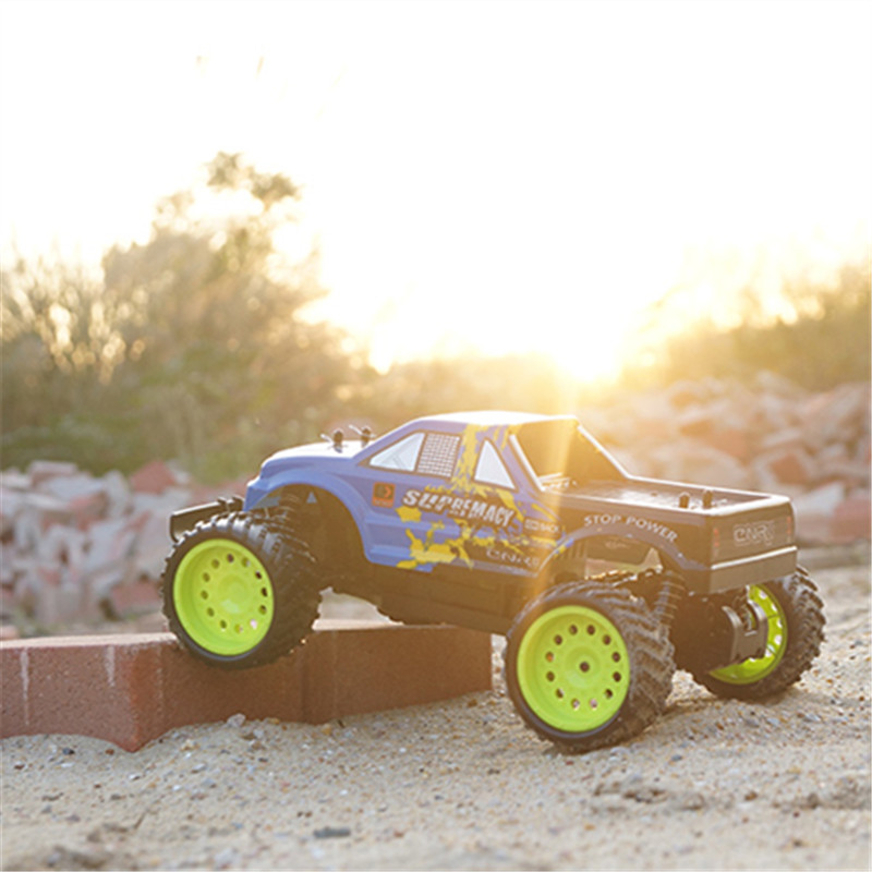 Hot Big RC Car 6004 2.4G 1:12 1/12 Scale 40KM+ RC RTR Brushed Monster Truck Off-road Car RTR 2.4GHz RC Beach Sports Car for Kids(China (Mainland))
