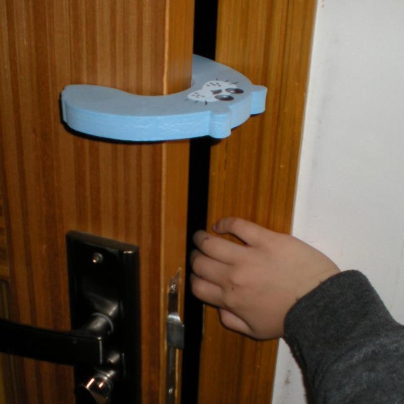 Бесплатная доставка 4 шт. детские помощник стопа двери щепотку гвардии замок YT029