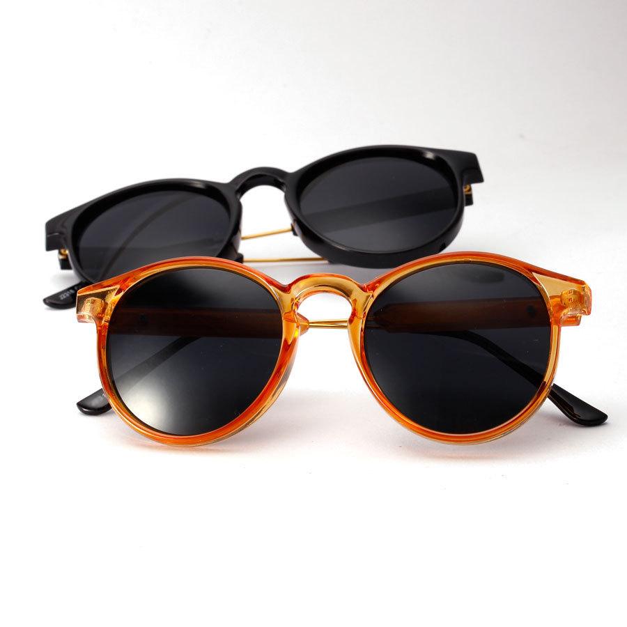 Fashion Retro Horned Rim P3 Keyhole Round Horn Rimmed Sunglasses for men and women(China (Mainland))