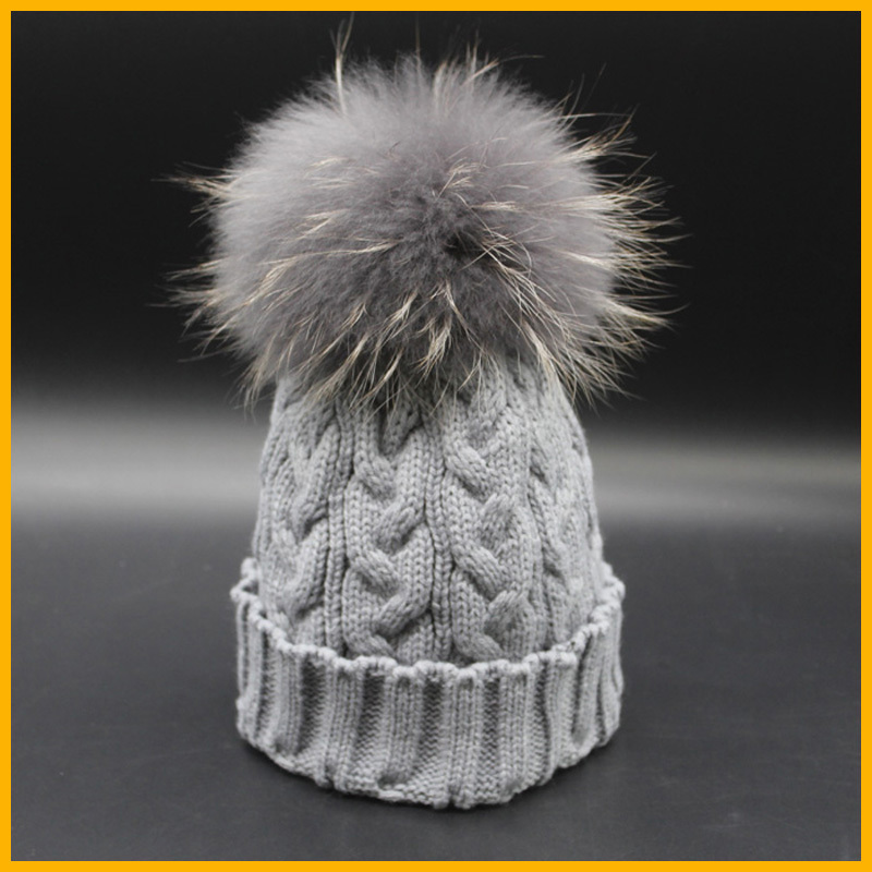 New Fashion Grey Beanie Hat With Fur Pom pom Winter Deyed Raccoon Fur Hats For Women Skullies Caps(China (Mainland))