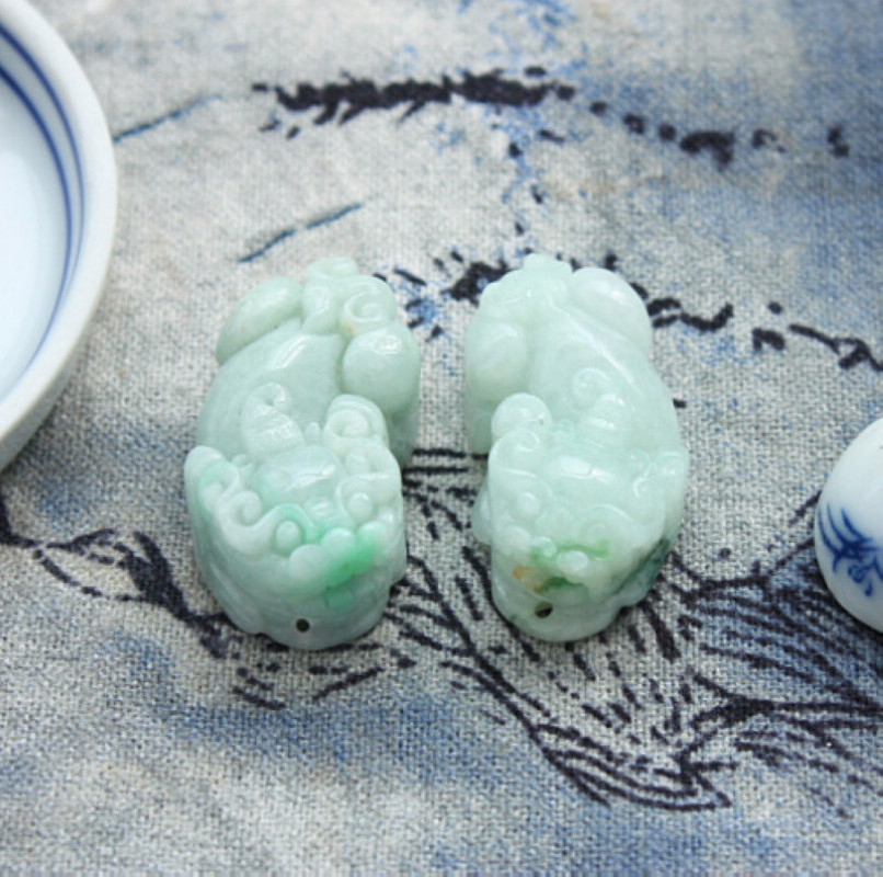 2014 Promotion Druzy S1168 Free Certified Grade Bean Kind Jade Natural Chinese Jadeite Light Mythical Wild Animal Pendant - XingWei Wang's store