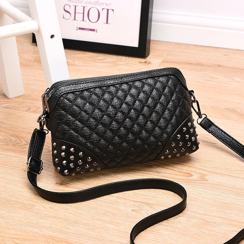 In 2016 the new women messenger bags fashion women bag of rivet handbag Small grid PU Leather Small Crossbody Shoulder Bags Q176(China (Mainland))