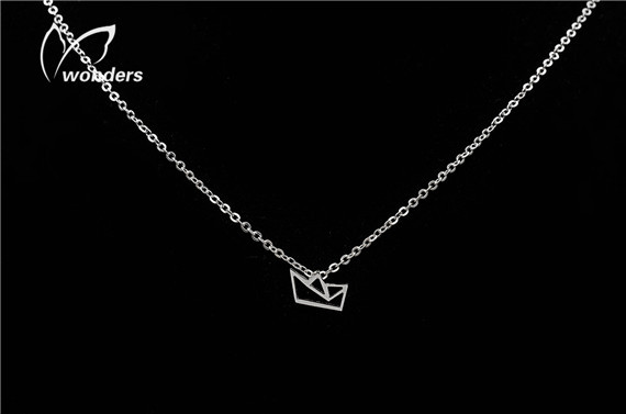 Free Shipping Stainless Steel Paper Boat Necklace, 18K Gold/Silver Minimalist Vintage Origami Necklace(China (Mainland))