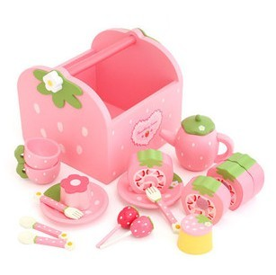 100% Brand New Wooden Toys Mother Garden Strawberry Pink Portable Box Chocolate Cake Children Playing House,Gift + Free Shipping