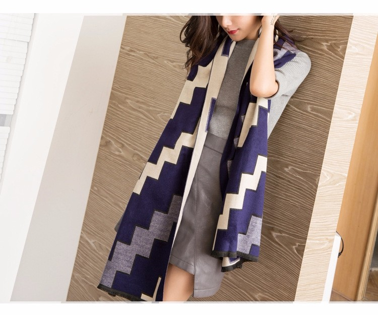 2016 fashion high-end shawl women scarf luxury brand cashmere scarf warm winter scarves Wave stripe  design ponchos and capes