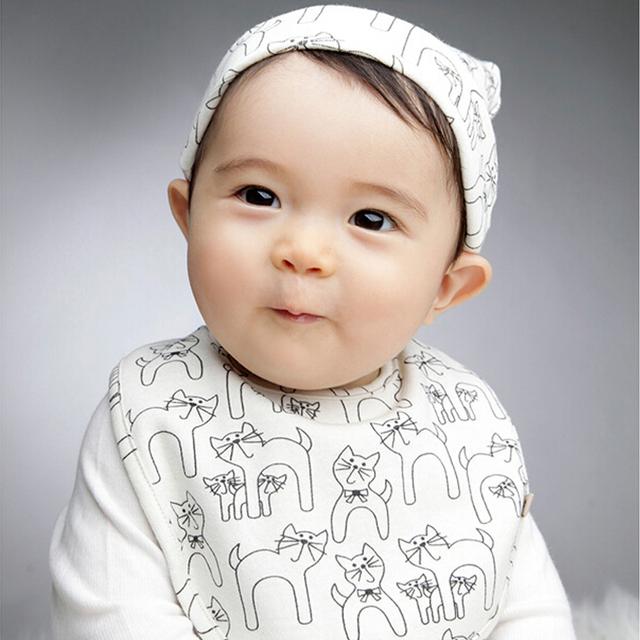 Хлопок шляпа комплект смешанный младенцы дети девочка прекрасный Cat шляпа + нагрудники шапочка кепка для новорожденного