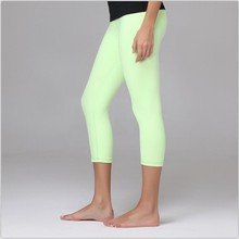 wholesale 2015 fashion candy colors lulu yogaes pants/ women's leggings/ lulu pants capris  size 2-12,Free shipping(China (Mainland))