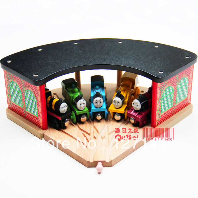 Free Shipping Luxury wooden train track accessories, large 5-way station parking garage room for all train track toys for kids(China (Mainland))