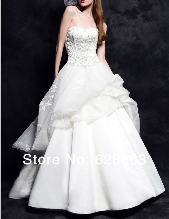 Timeless A-line Royal Duchess Satin and Tulle Strapless Sweetheart Beading Wedding dresses with Chapel Train(China (Mainland))