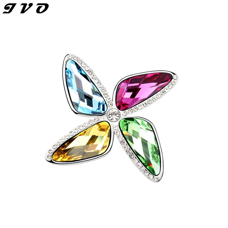 Delicate Red Cherry Austrian Crystal Brooches For Wedding Bouquet Women Hijab Pins Scarf Clips Clothes Sweater Pin Up Broches(China (Mainland))