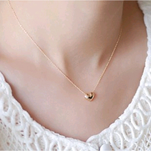 New design Simple Fashion jewelry women short accessories Elegant Lovely Gold Heart Shaped pendant necklace girl gift wholesale(China (Mainland))