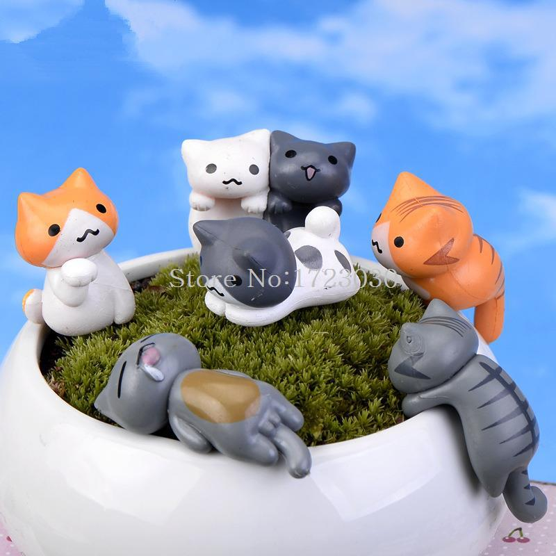 1pcs Cute Resin Crafts Decorations Miniature cartoon cat Fairy Gnome Terrarium Christmas Xmas Party Garden Gift LH2230(China (Mainland))