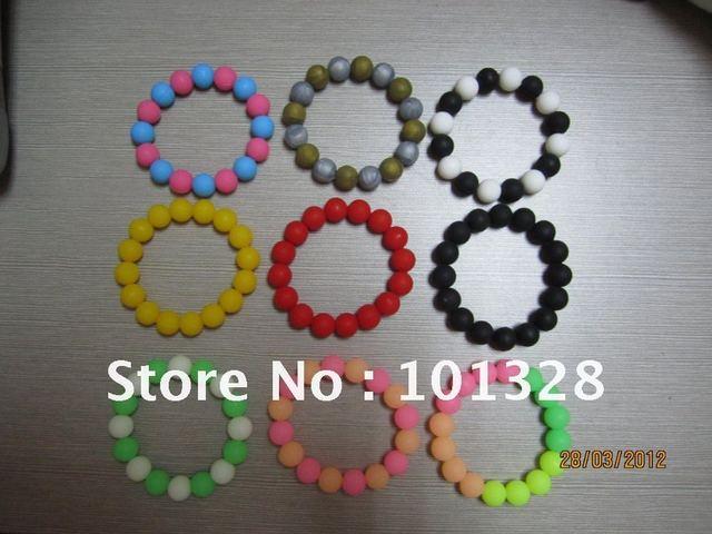 2012 Trendy silicone bead bracelets