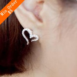 2015 New Fashion Hot Selling  Silver Plated Small Love Imitation Diamond Stud Earrings 66E611(China (Mainland))