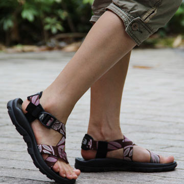Large Size 40-44 Casual Summer Shoes Vietnamese Sandals Flat Shoes Pregnant Gladiator Sandals Sapato Feminino Floral Print