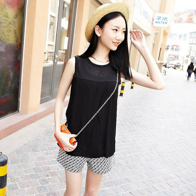 FREE SHIPPING 2013 NEW VANCL Women Blouse Eldora Accordion Pleat Chiffon Elegant Wear Sleeveless White/Nude Color/Black Shirts
