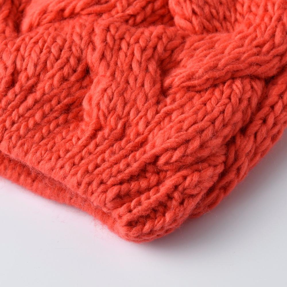 KBBYTLY0100730013-heartful-twist-winter-hat-beanie