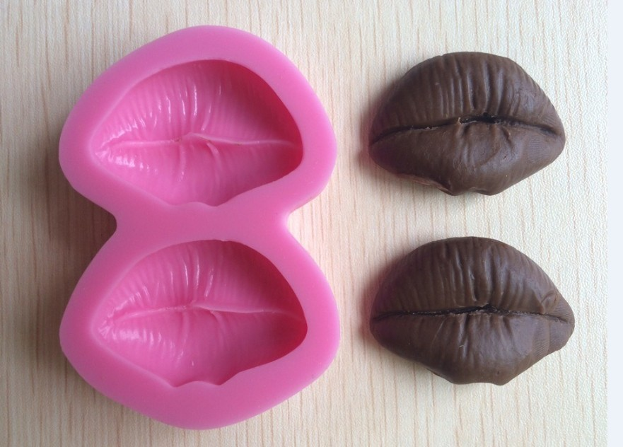 Sticking Cake Decorations On Fondant : Sexy Lips Silicone 3D Mold Cookware Dining Bar Non Stick ...