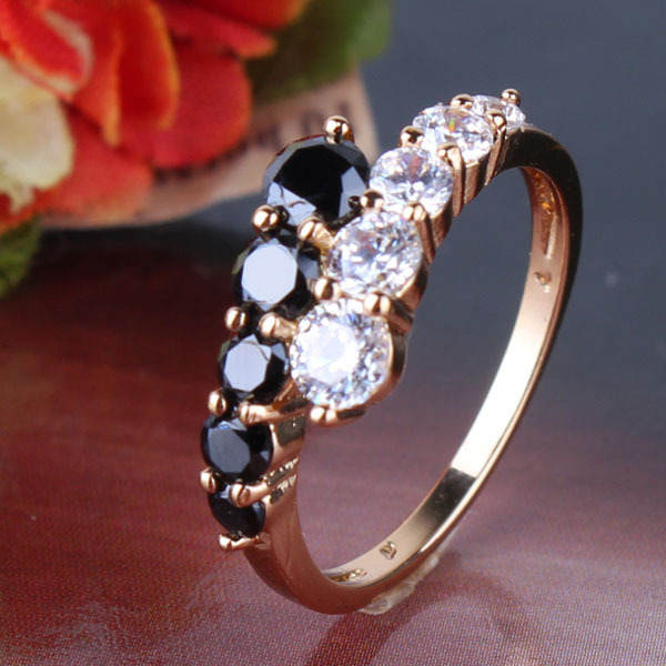 2014 Classic 18K Gold Filled Rings White Black Crystals CZ Eternal Engagement Love Rings For Women