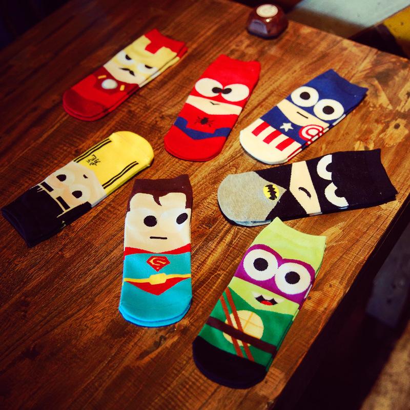 Гаджет  2015 New Summer Men Harajuku Cartoon Tube Socks Hip Hop Superhero Batman Iron Pattern Art  Short Sock Novelty Happy Ankle Socks None Одежда и аксессуары
