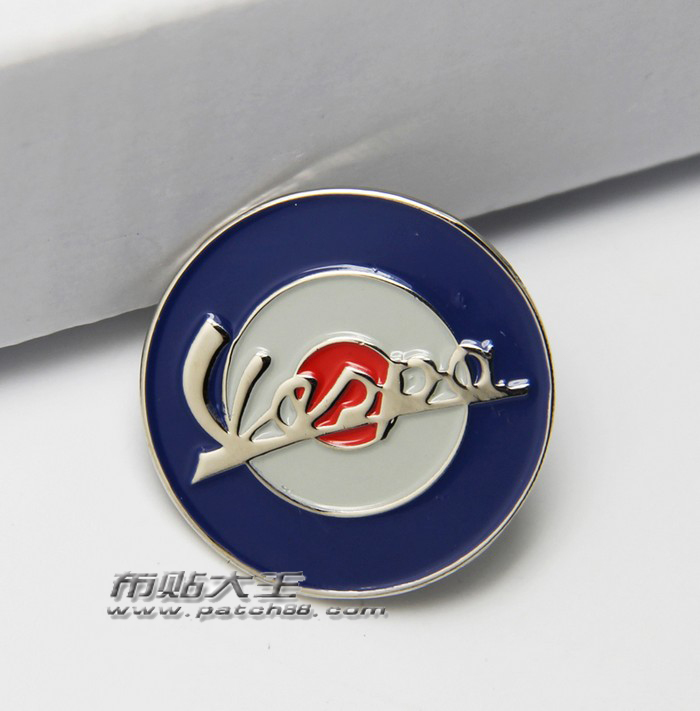 Best Selling ! New Style Vintage Classics Fashion Lapel Pins retro metal badge vespa 2.5X2.5CM Personality Brooch(China (Mainland))