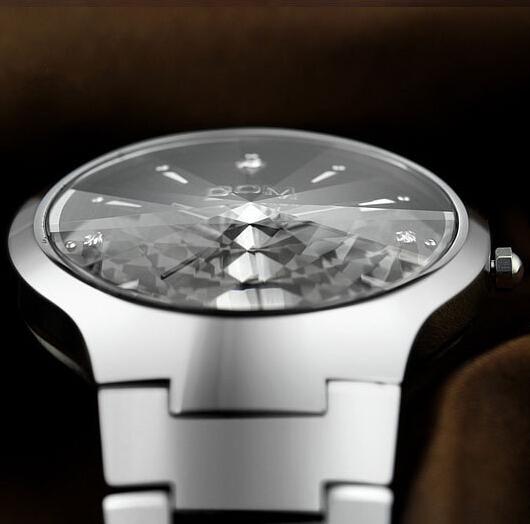 Watches men luxury brand Top Watch DOM quartz men sport wristwatches dive 200m fashion casual watches