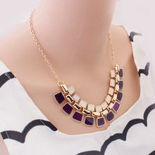 Hot On Sale Elegant Exaggeration Square Plated Flash Crystal Metal Chain Necklace Women Necklace for Party