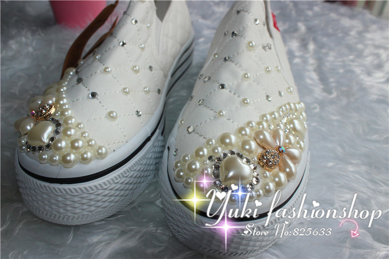 2015 new handmade rhinestone pearl shoes Princess lolita shoes women sneakers white female flats with flowers girls school shoes<br><br>Aliexpress