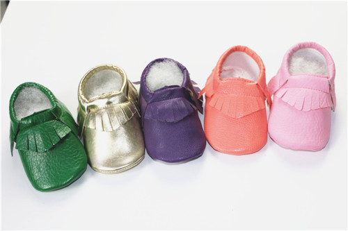 New gold pink blue soft PU Leather Baby Moccasins soft bottom child freshly picked First Walkers fringe toddler shoes girls boys(China (Mainland))