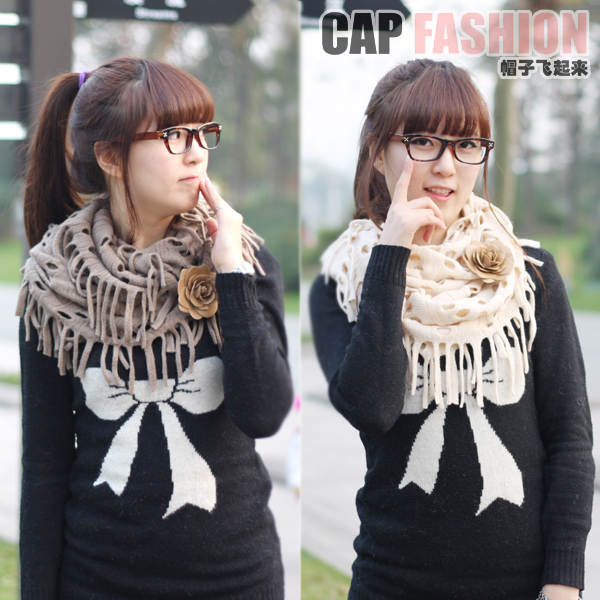 Korean network elegant cutout tassel muffler scarf muffler scarf female yarn scarf muffler autumn and winter collars