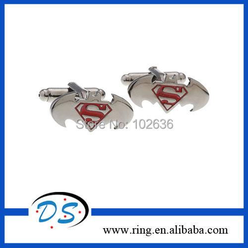 Здесь можно купить  2014 Hot Sale Superman Cufflinks Batman Cufflinks Wholesale High Quality Cuff Links 12pair/lot Free Shipping  Ювелирные изделия и часы