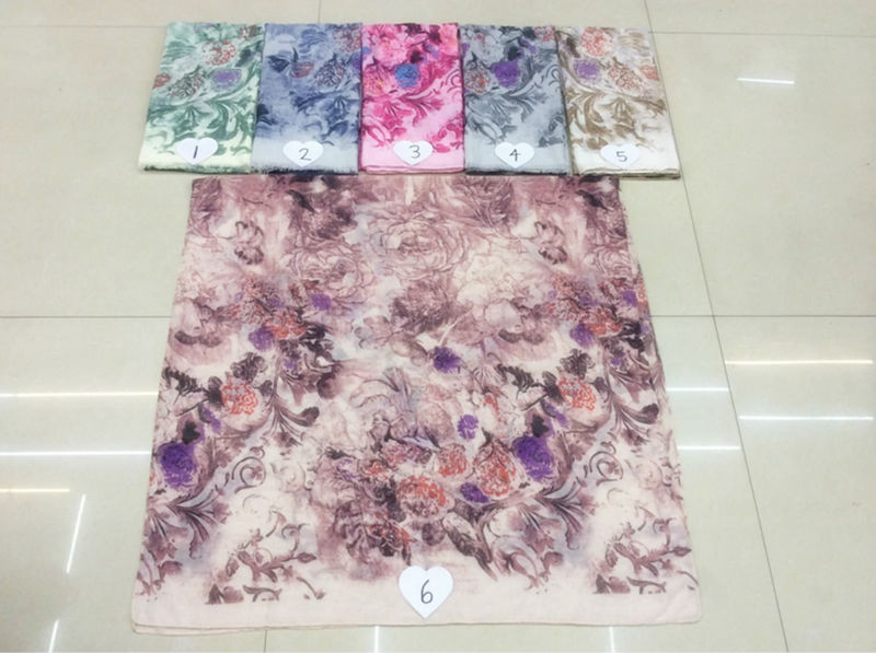 2016the new hot sell,TR cotton gorgeous flowers wind fashion printed scarf comfortable Ms Muslim headscarves Independent packing(China (Mainland))