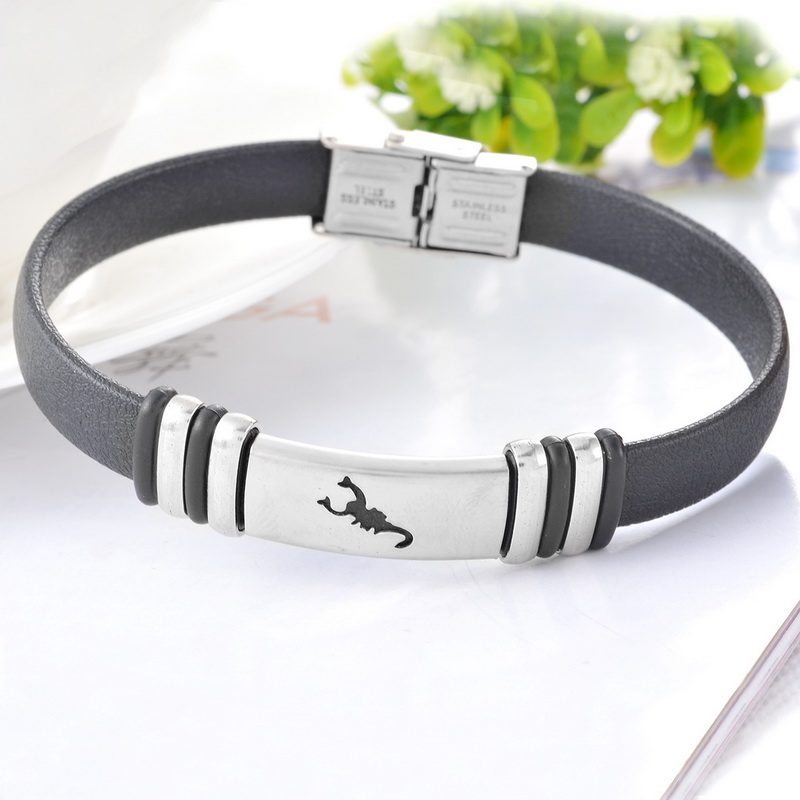 3Ss Stainless Steel Adjustable Bracelet With Black PU Leather Scorpion Pattern Bright Silver Tone New Fashion Jewelry 23.5cm 1PC(China (Mainland))