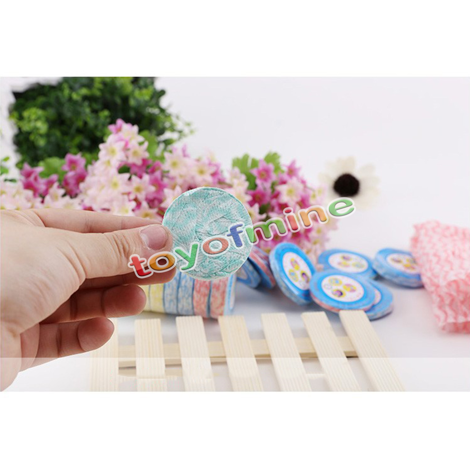 1*Latest Colorful Compressed Comfort Soft Hand Face Towel Travel Essential(China (Mainland))
