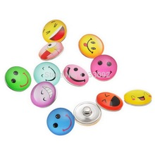 free ePacket 50pcs/lot Mix styles18mm new arrival glass smile face charm mood button Fit Ginger Snaps jewelry christmas gift