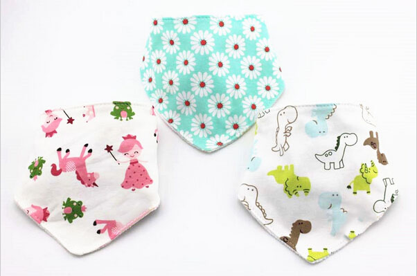 Cute Cotton Baby Towel Toddler Newborn Triangle Scarf Babero Girls Feeding Smock Infant bibs Burp Cloths